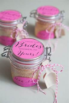learn how to make the most amazing bath salt gifts