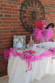 ideas for tables centerpiece using deco mesh tulle