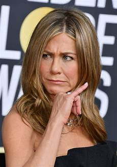 jennifer aniston brad pitt in shock dating admission at golden globes as ex