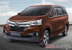 Daihatsu Grand Xenia 4k Wallpapers