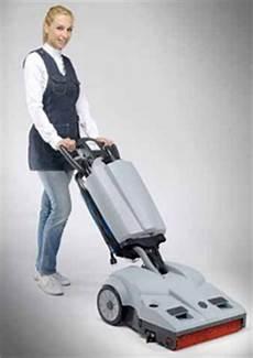 aspira lava asciuga pavimenti puliamo aspirapolvere battitappeto scope elettriche