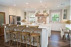 Kitchen Decor Fixer by Fixer Decorating Ideas Decorate Like Joanna Gaines