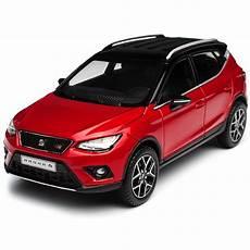 Seat Arona Suv Desire Rot Ab 2017 1 43 Seat Modell Auto