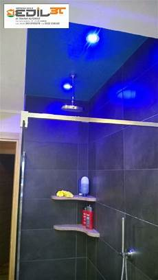 illuminazione box doccia rifacimento bagno con doccia in muratura e abbassamento in