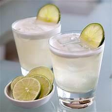 smoky paloma cocktail recipe