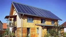 energieeffizient bauen die aktuellen modernes bauen wie autark und energieeffizient sind die