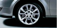 opel astra h 4 dr alloy wheels 17 inch accessories