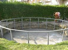 pool in der erde pool im boden einlassen das kostet ein swimming pool