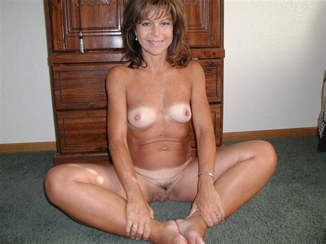 On Her Knees Nude