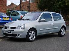 renault clio 2 0 2004 auto images and specification