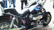 hoss v8 motorcycle 8 zylinder for only two wheels