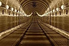 Alter Elbtunnel Hamburg - 엘브 터널 alter elbtunnel bild alter elbtunnel hamburg