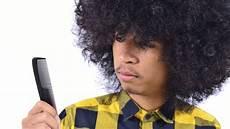 cheveux bouclés homme cheveux boucl 233 s homme une tendance qui continue de se