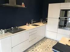 cuisine blanc laqu 233 e avec carreaux ciment 224 lyon 6