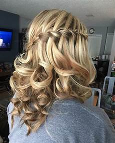 Prom Hairstyle For Medium Hair