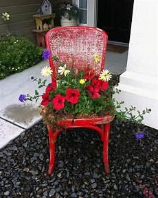 Deko Stuhl Garten - 44 deko garten ideen entfalten sie den charme des