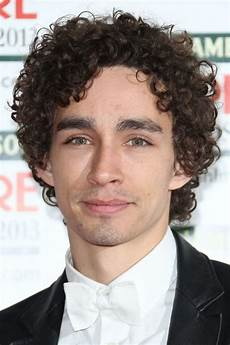 curly hairstyles for men 40 ideas for type 2 type 3 and type 4 curly hair