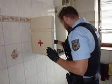 bpol hb bundespolizei durchsucht vier wohnungen in