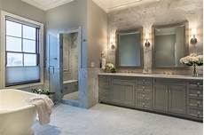 20 stunning large master bathroom design ideas