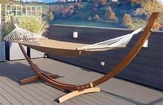 support de hamac bois hamac en bois avec support caramel le r 234 ve chez vous