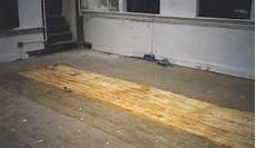 geklebten teppichboden entfernen how to remove carpet glue from floor tile hunker