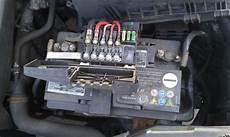 Golf 4 Plastik Teil Auf Der Batterie Auto Audio Tuning