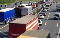 Stau A1 Köln - a1 unf 228 lle am kamener kreuz in richtung k 246 ln kamen