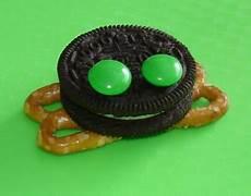 letter worksheets 23115 oreo frog snack frog cookies frog theme frog crafts