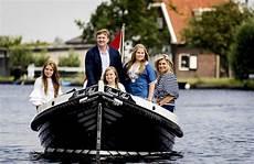 katwijk aan zee cing koningsdag katwijk 2019 oranjevereniging katwijk aan zee