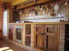 küchen selber bauen rustikal und urgem 252 tlich gemauerte k 252 che k 252 che bauen