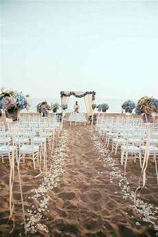 17 coolest beach wedding ideas design listicle