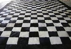 schwarzer teppich schwarzer teppich lassen sie ihre r 228 ume aussagekr 228 ftiger