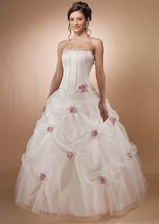 beautiful wedding dresses bavarian wedding
