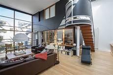 maison contemporaine avec jardin int 233 rieur et terrasse