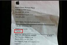 gay apple customer received receipt from store with