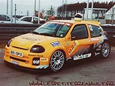 Les Petites Renault Renault Clio Ii Trophy 2000