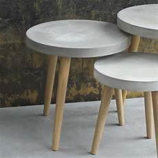 runder couchtisch greyment aus beton industry style
