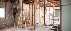 combien coute la peinture d une maison le co 251 t de r 233 novation d une maison au m 178