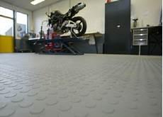 garagenboden mit pvc fliesen h g eco 500 6 und noppen