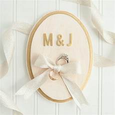 learn how to make this cute painted ring bearer plaque