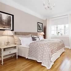 Schlafzimmer Farben Beige - beige bedroom the wall colour sturbridge