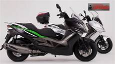 Kawasaki J300 ปะทะ Forza 300 Yamaha Big Scooter 300