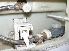 Geberit Ersatzteile Füllventil Unterputz Spülkasten - wassersparen bei unterputz toilettensp 252 lung erneuerung