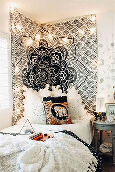 White Tapestry Bedroom Ideas by The Fame Mandala Tapestry Bedrooms And Room Ideas