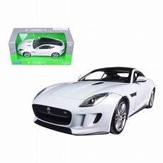 jaguar f type 1 24 2015 jaguar f type white 1 24 diecast model car by welly
