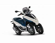 2012 piaggio mp3 touring lt 300 i e review motorcycle news