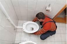 rifare il bagno da soli come cambiare il water di habitissimo