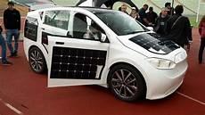 probefahrt mit dem sion g 252 nstiges elektroauto mit solarzellen