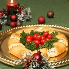 christmas wreath crescent rolls appetizer recipes just short of crazy