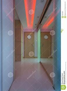 neon illuminazione corridoio moderno con illuminazione al neon fotografia